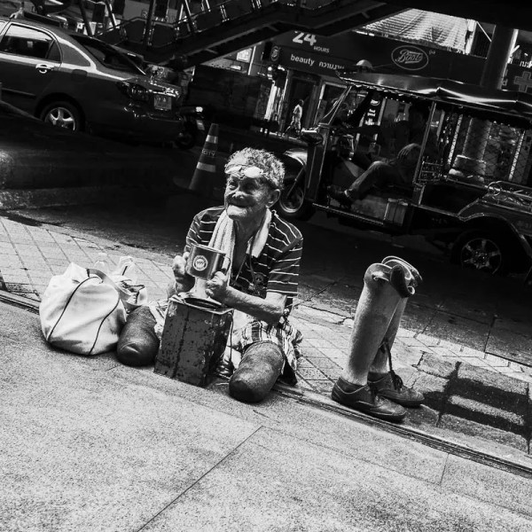 Invalid beggar, Bangkok