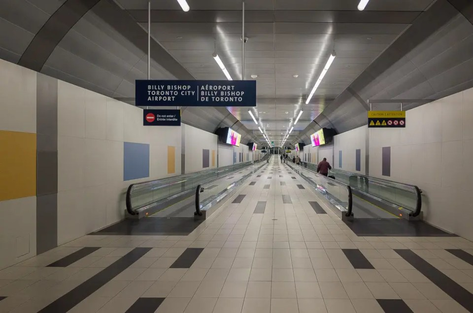 Pedestrian tunnel - Toronto Island Airport