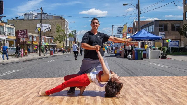 Salsa on St. Clair West