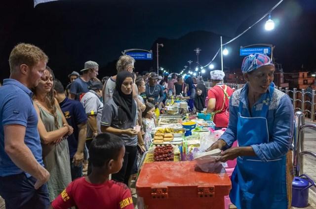 Koh Phi Phi night market