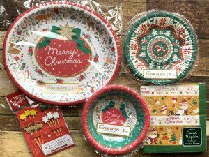 セリアの2019年クリスマスの紙皿とペーパーナプキン