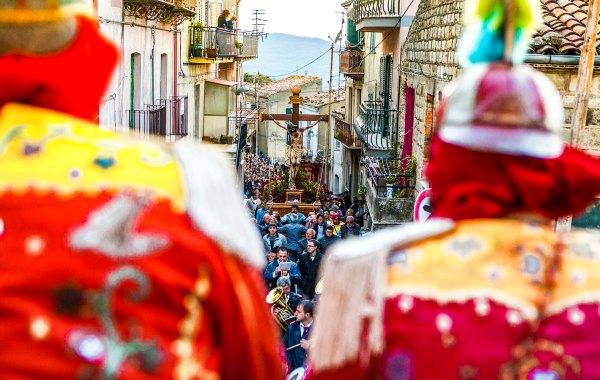 Processione del venerdi di pasqua a San Fratello