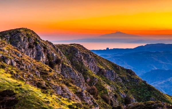 L'aspromonte, il belvedere sull'Etna