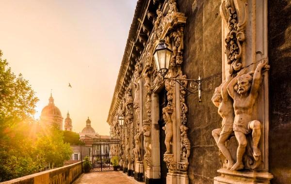 Catania, la facciata barocca del palazzo Biscari