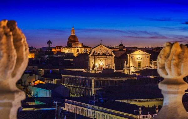 Vista dall'alto di una Catania Barocca