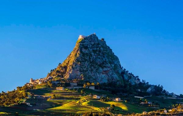 Sutera, il borgo sulla rocca