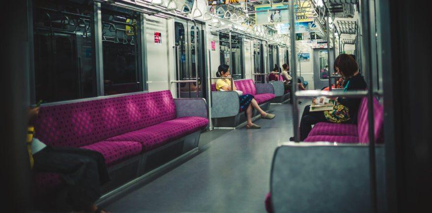 電車内の心理