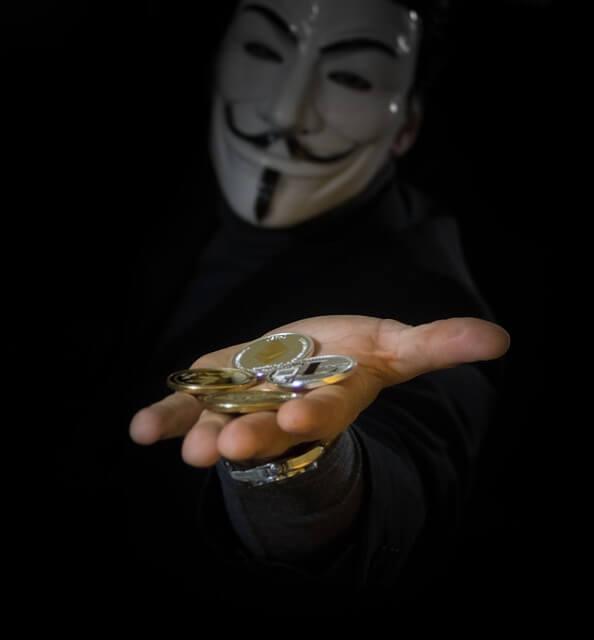 仮想通貨は詐欺?