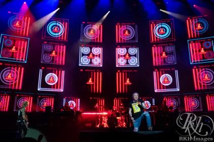 Guns N Roses Fargo ND rkh images-16