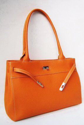 CREATED BY : farragobags2 Please visit his entire shop: www.etsy.com/listing/188167698/loire-genuine-hermes-orange-oversize?ref=…