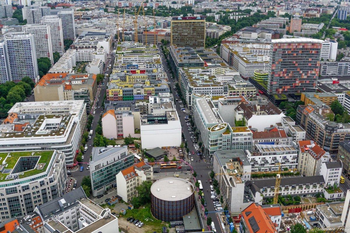 Berlin şehir merkezi tepeden görünümü