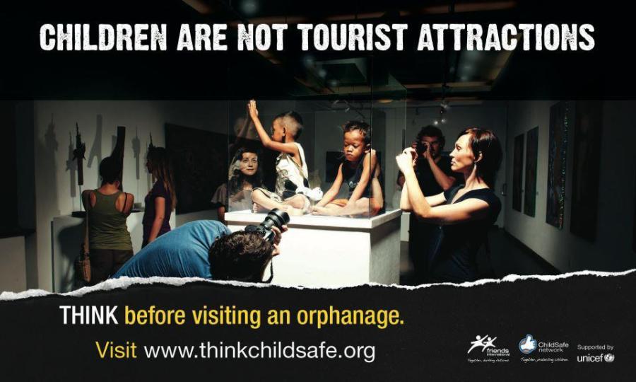 Dzieci to nie atrakcja turystyczna