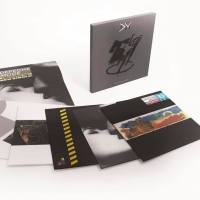 "The 12"" Singles Box Set - Black Celebration i Music For The Masses w drodze."