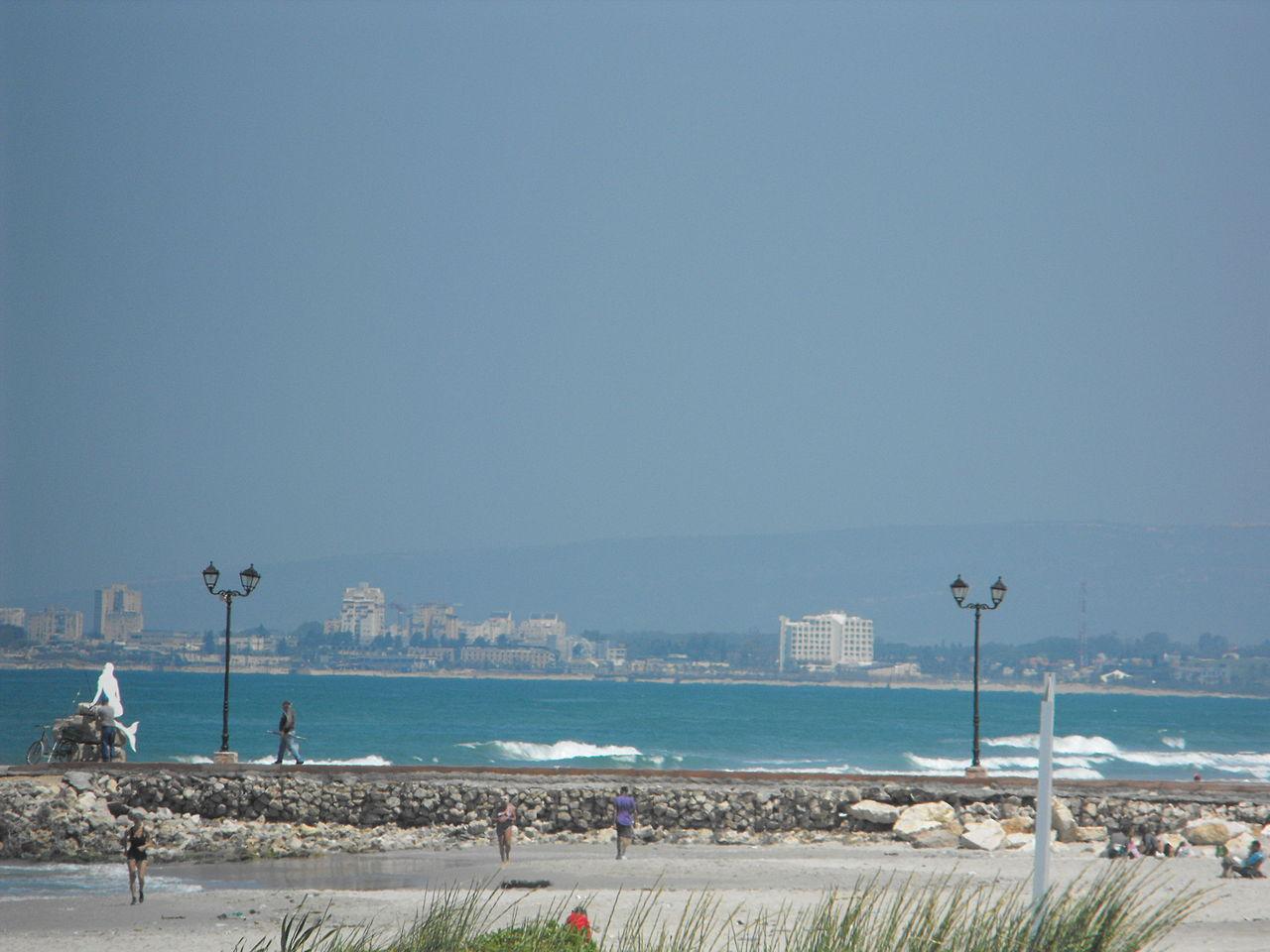 1280px-PikiWiki_Israel_12854_Beach_Kiryat_-_Yam