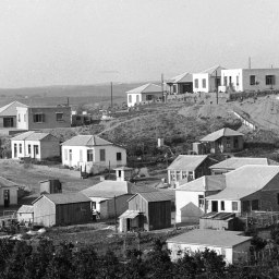1920px-Bnai_Brak._Colony_of_Orthodox_Jews._1920-1933._matpc.00204.III