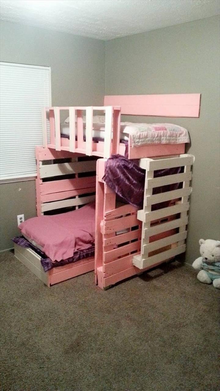 Pallet Furniture: 10 Ideas to Reuse Old Pallets   101 Pallets on Pallet Bed Design  id=75982