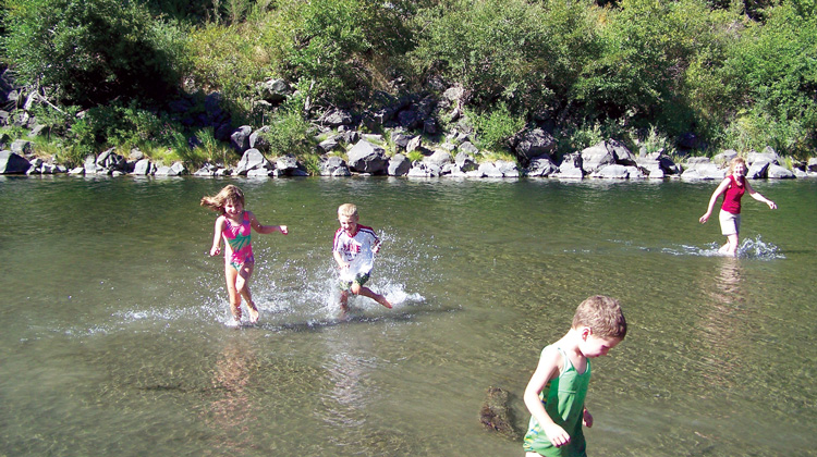Eel-river-swimming-holes