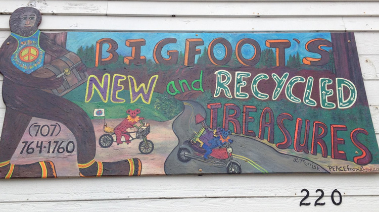 bigfoot-thrift-store-fb