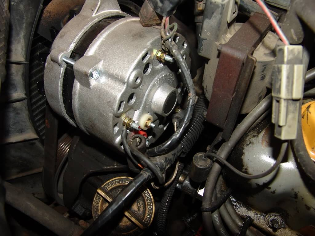 sparky s answers 1989 ford crown victoria no charge condition rh sparkys answers com 1989 ford f150 alternator wiring diagram 1989 ford bronco alternator wiring