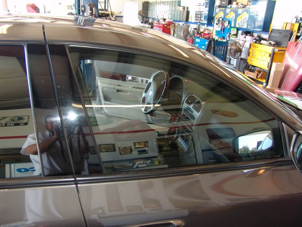 Sparkys Answers 2004 Lincoln Ls Power Window Problems 2002 Trunk Fuse Diagram Back The Now Closes And Lowers Correctly