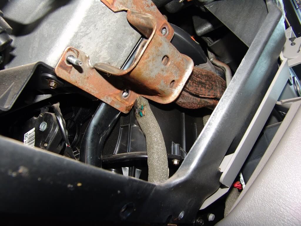2003 Ford Crown Victoria Under Dash Fuse Box Diagram