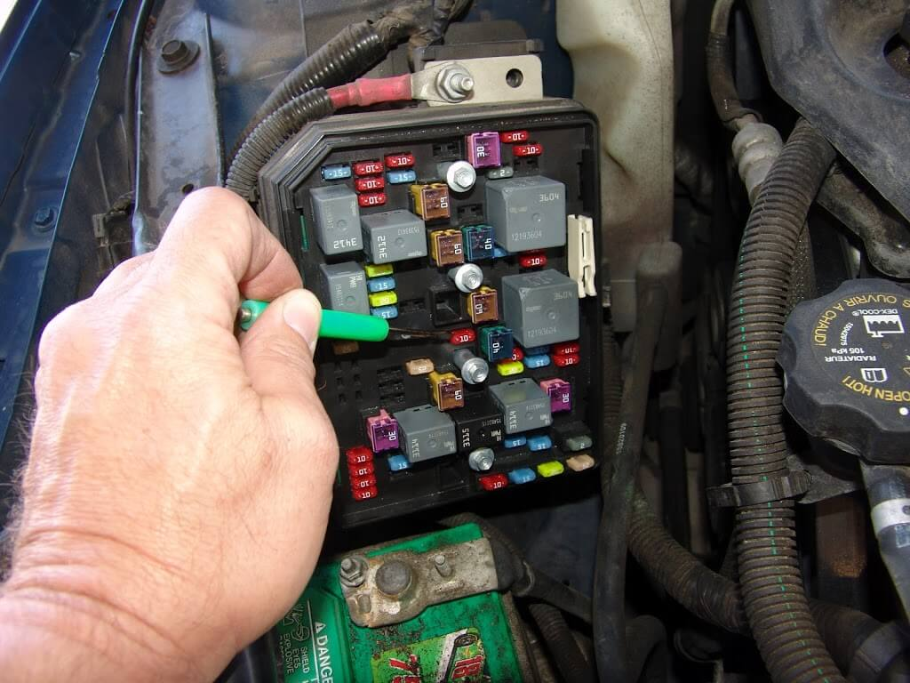 If everything tested good in the underhood fuse box the attention should  turn to the passenger side kick panel. The rocker panel portion lifts up to  release ...