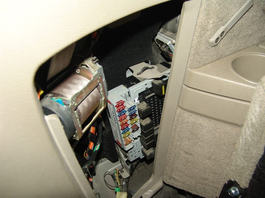 Volvo Xc90 Rear Fuse Box Mk2 Second Generation 2016 2004 Location 2003 24 Wiring Diagram Images