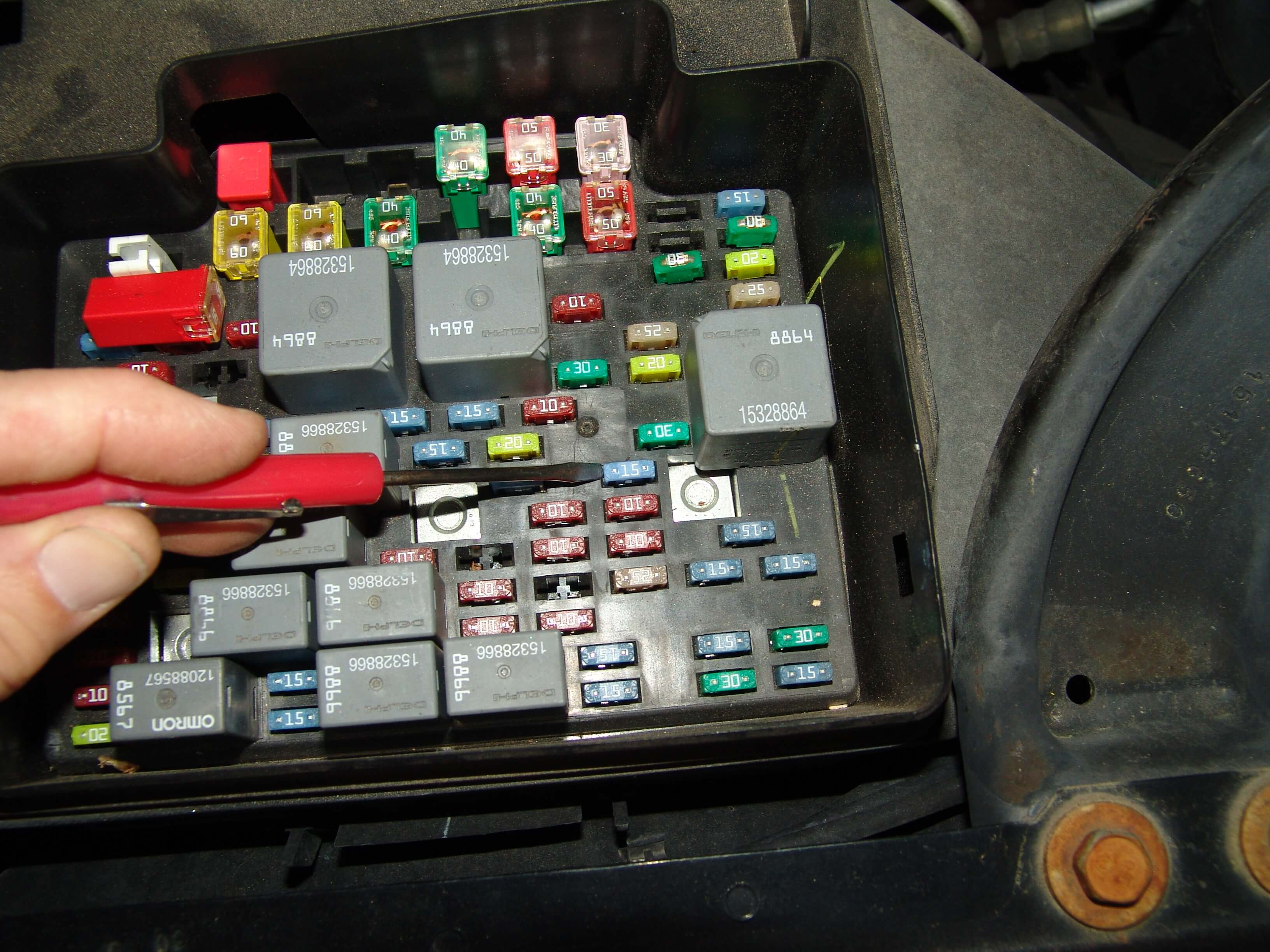 Checking the fuses found that the SIR or airbag light 15 amp fuse was blown.