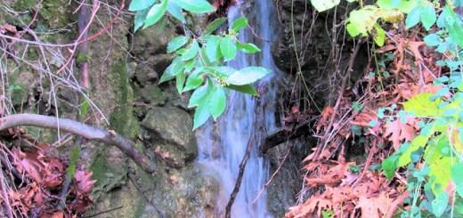 Οι άγνωστες ομορφιές του Μεραμπέλλου (περιοχή Λιμνών)