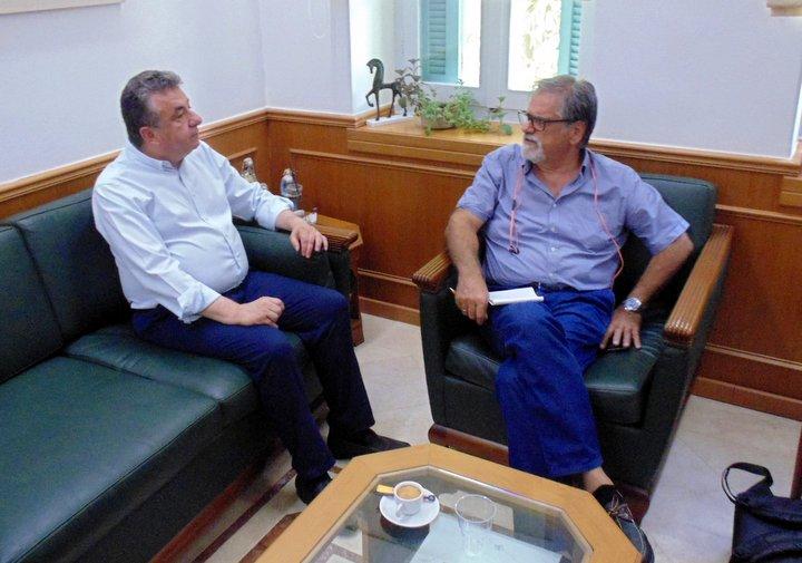 ο Περιφερειάρχης Κρήτης με τον Δήμαρχο Αγ. Νικολάου