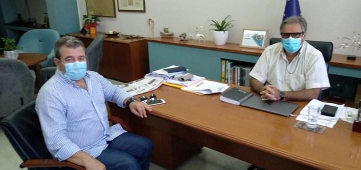 ο νέος Διευθυντής Δευτεροβάθμιας στον δήμαρχο Αγίου Νικολάου