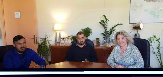 με τον Πρόεδρο του Παγκρήτιου Πολιτιστικού Συλλόγου Ελλήνων Τσιγγάνων