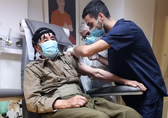 Ξεκίνησε η εμβολιαστική κάλυψη του πληθυσμού Κρήτης άνω των 85