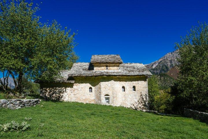 Ιερά Μονή Σέλτσου στην Κοιλάδα του Αχελώου