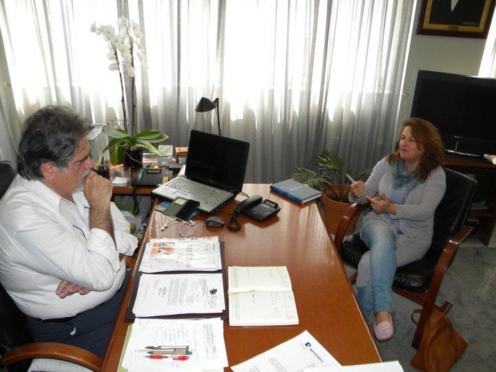 ο δήμαρχος Αγίου Νικολάου Αντώνης Ζερβός με την διευθύντρια της ΚΔ' εφορίας αρχαιοτήτων Χρύσα Σοφιανού