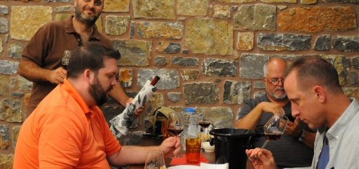 Επαγγελματίες οίνου από τις Η.Π.Α. στην Κρήτη
