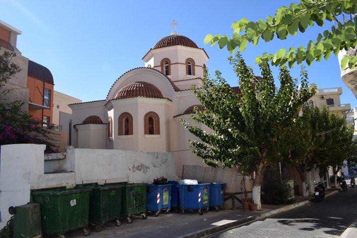 Αναδεικνύεται ο ναός της Αγίας Τριάδας
