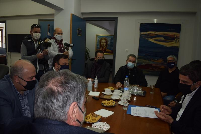 Επίσκεψη Αυγενάκη στον δήμο Αγίου Νικολάου