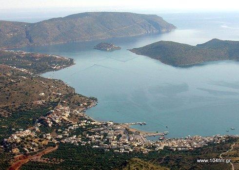 μόνο η περιοχή της Ελούντας απασχολεί αρκετές εκατοντάδες ξενοδοχοϋπαλλήλους