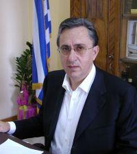 Ο Νομάρχης Σήφης Αναστασάκης