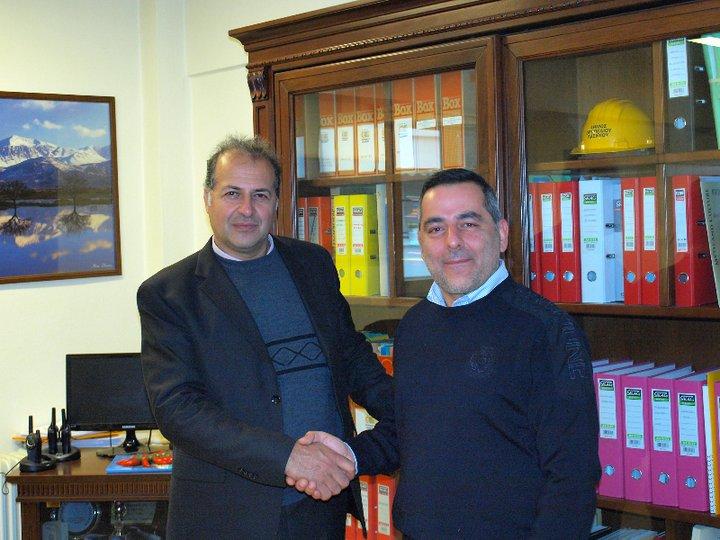 ο διευθυντής αστυνομίας Λασιθίου Κ. Περράκης με τον δήμαρχο Οροπεδίου Λασιθίου Γ. Στεφανάκη