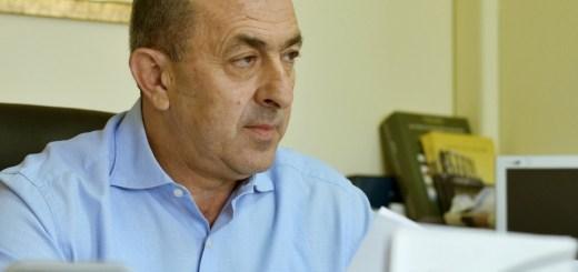 Σωκράτης Βαρδάκης: «Κυρία Κεραμέως, αν διαθέτατε την ελάχιστη απαιτούμενη ευθιξία, θα είχατε ήδη παραιτηθεί»