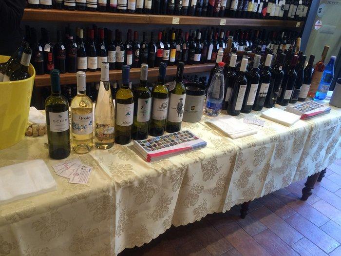 τα Κρητικά κρασιά στην Ιταλία