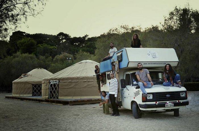 το Caravan Project στήνει τις σκηνές του στο Ηράκλειο