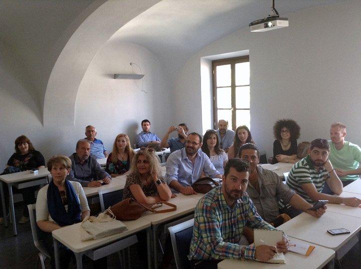 είκοσι επιχειρηματίες από την Κρήτη  – μέλη της Αγροδιατροφικής Σύμπραξης- επισκέφθηκαν την Ιταλία όπου είχαν συναντήσεις με αντίστοιχες ομάδες παραγωγών και επαγγελματίες