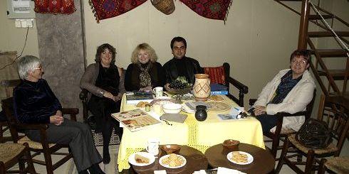 από αριστερά, Dr Rosemary John PhD botanist, Julia Jones FLS, Jane Sharp member, Μ. Πεδιαδίτης, Christine Woolfenden secr.