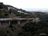 Αυχήν Αγκαθιάς - Σκοπή,  δρόμος έχει σταματήσει κάτω από το Χαμέζι