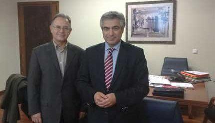 Ο υφυπουργός Μιχάλης Καρχιμάκης με τον Δήμαρχο Δημήτρη Κουνενάκη