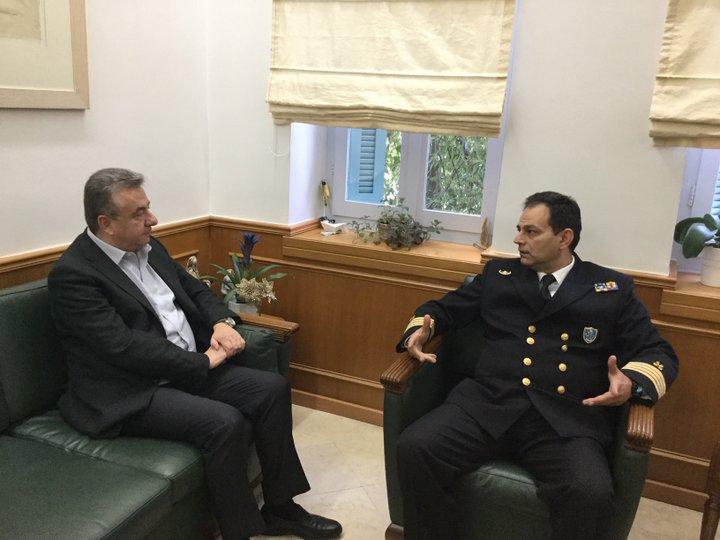 Συνάντηση Περιφερειάρχη με το νέο Διοικητή του Λιμενικού Σώματος στην Κρήτη