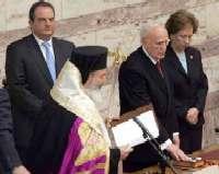 Ορκομωσία από τον αρχιεπίσκοπο Χριστόδουλο...